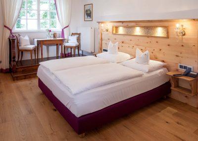 Komfort-Doppelzimmer mit Seeblick